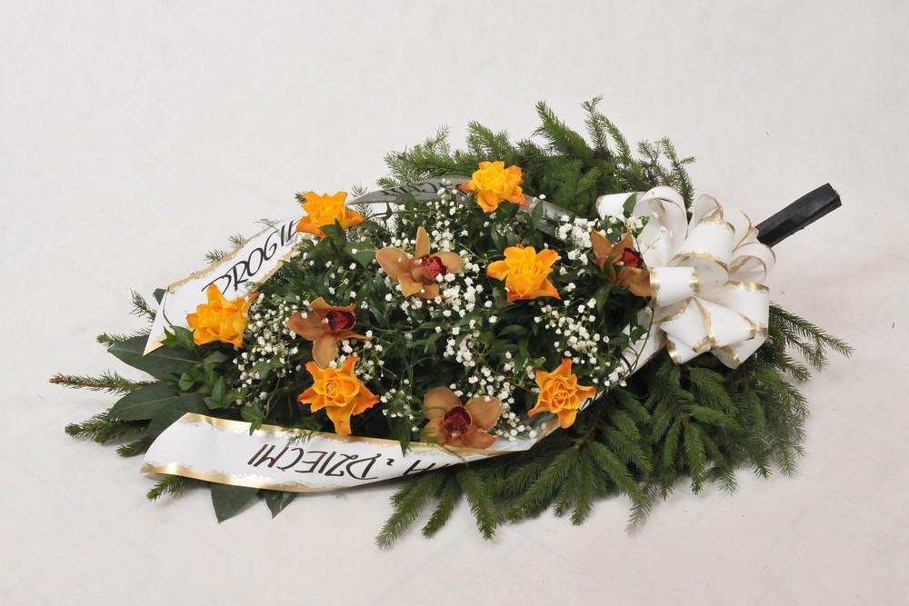 Wiązanka pogrzebowa z róż i storczyków i szarfą
