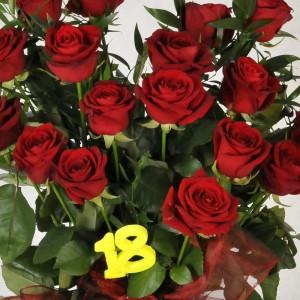 Osiemnastkowy bukiet 18 róż